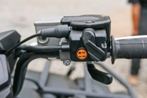 007-2016-yamaha-grizzly-atv-on-command-front-differential-lock-switch